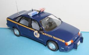 : Ford Taurus Police Car