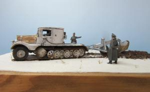 Sd.Kfz. 11/3 mit Entgiftungspflug 41 (1:72 First to Fight)