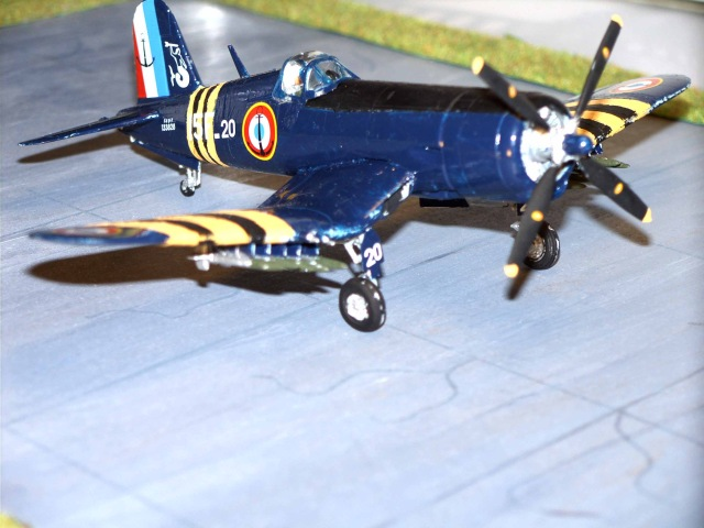 Chance Vought F4U-7 Corsair