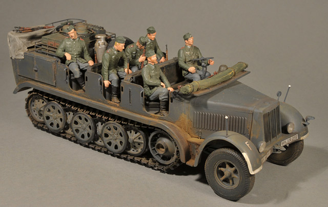 Sd.Kfz. 7 early production