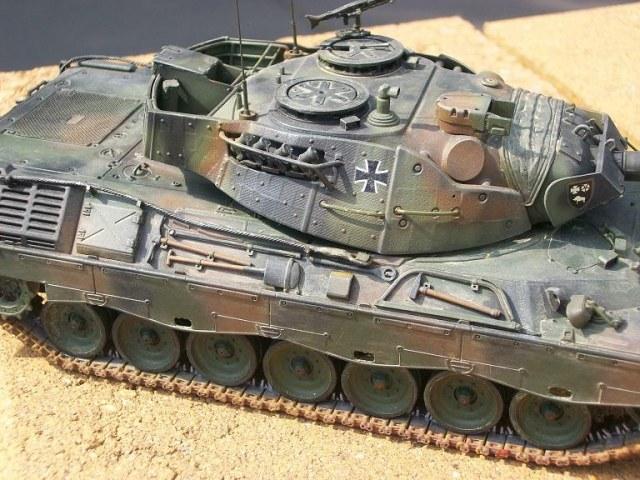 leopard-1a5-revell.jpg