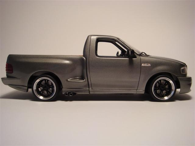 1999 Ford SVT F-150 Lightning Pickup
