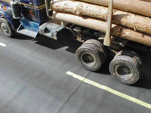 Kenworth 925 mit Logging Trailer