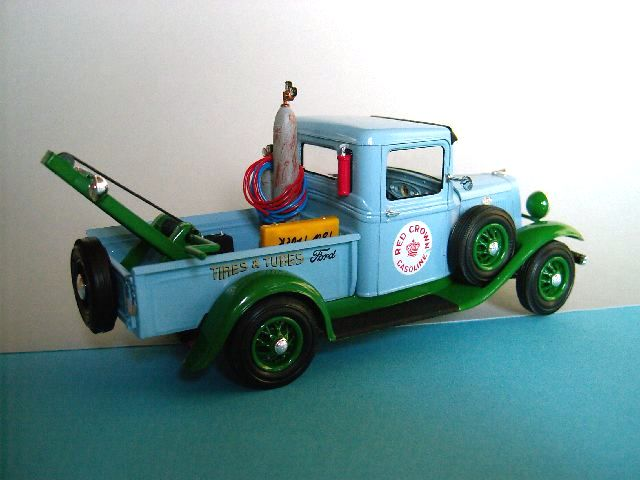 Ford 1934 Tow Truck