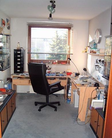 bastelzimmer verschiedene hersteller ohne von stefan szymanski. Black Bedroom Furniture Sets. Home Design Ideas