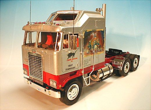 Diamond reo royal cabover for sale autos post for Hayes motor company trucks