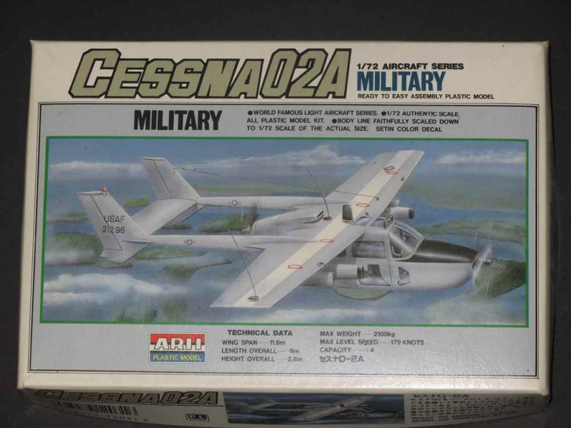 Verpackung Arii 1:72 O-2A Military