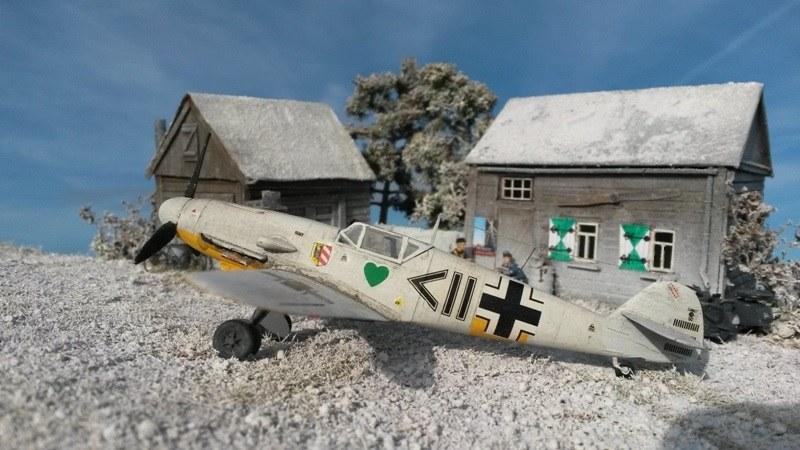 Zvezda 7302-1//72 WWII Deutsches Jagdflugzeug Messerschmitt Bf-109F2 Neu