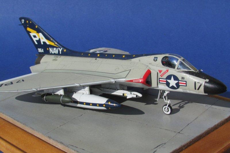 TAMIYA 60741 Douglas F4D-1 Skyray 1:72 Aircraft Model Kit