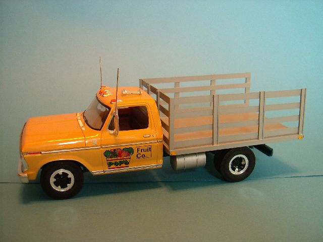 1975 Ford F-350 Stake Truck