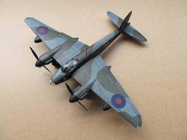 Bei Ern War Rumpfspitze Verglast Einigen Varianten Wurde Eine Radarnase Angesetzt Quelle Auszug Aus Wiki De Havilland Mosquito