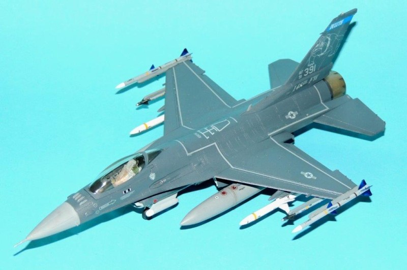 F-16CM Fighting Falcon