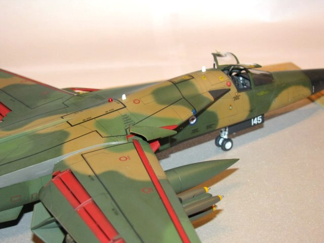 General Dynamics F-111C Aardvark, Hasegawa 1:72 von ...