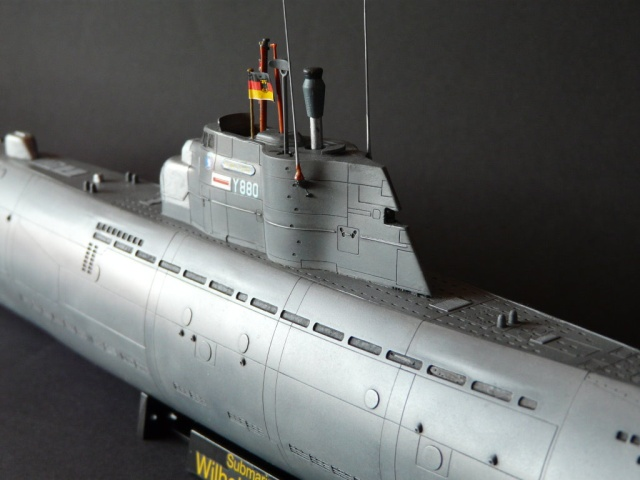 U boot typ xxi revell 1 144 von christian meyerhoff for Deutsches u boot typ xxi mit interieur