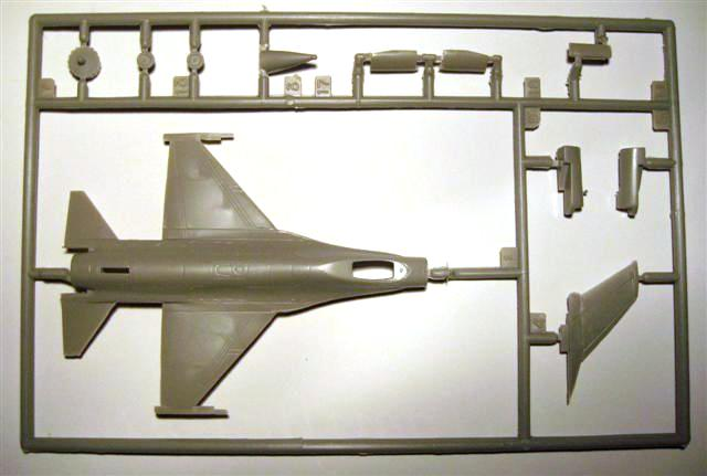 Revell - F-16A Fighter