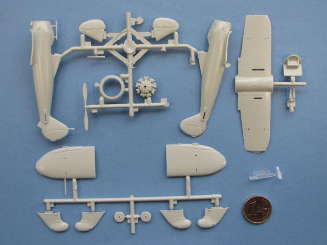 Revell - P-26A Peashooter