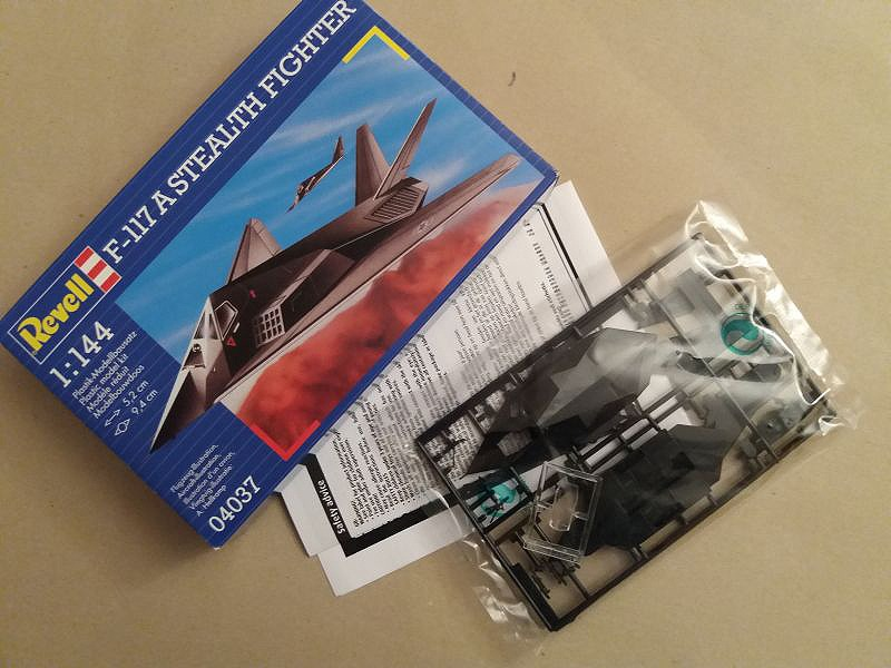 Revell - F-117 A Stealth Fighter